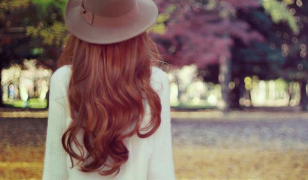髪のエイジングとは?早めのエイジングケアで綺麗な髪を保つ